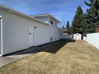 Photo 2: 2880 GOHEEN Street in Prince George: Pinecone House for sale (PG City West (Zone 71))  : MLS®# R2451382
