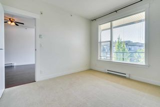 """Photo 12: 412 33539 HOLLAND Avenue in Abbotsford: Central Abbotsford Condo for sale in """"THE CROSSING"""" : MLS®# R2605185"""