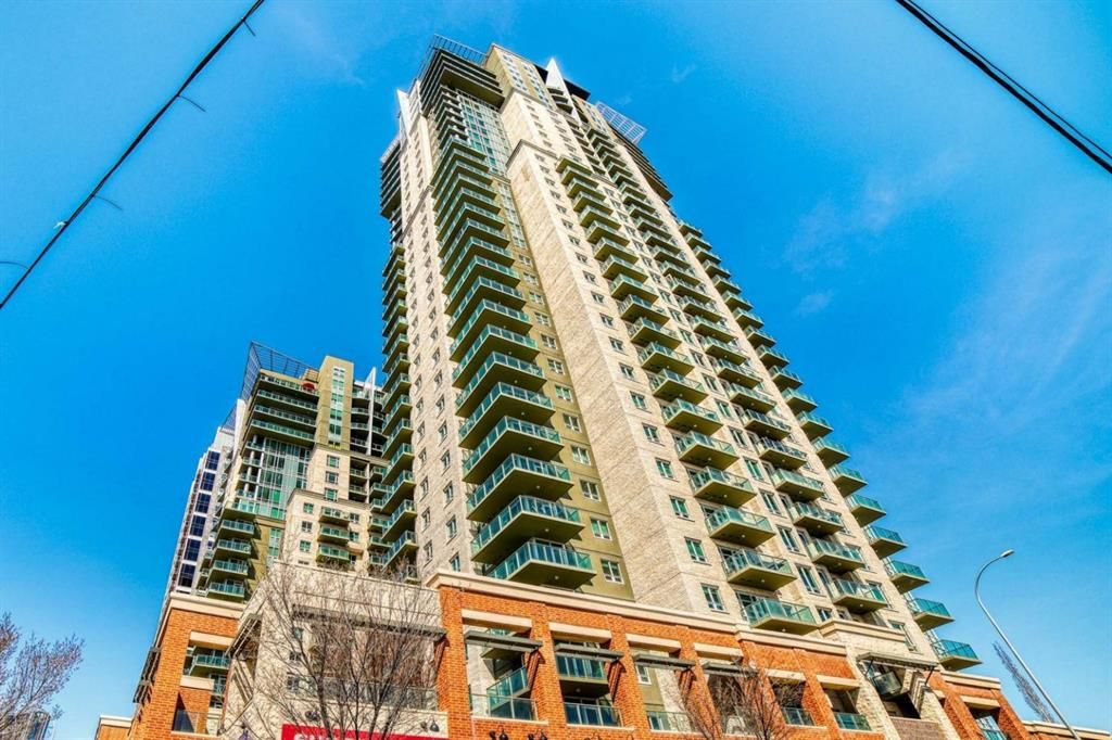 Main Photo: 3202 210 15 Avenue SE in Calgary: Beltline Apartment for sale : MLS®# A1094608