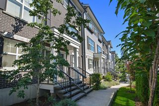 """Photo 2: 50 2469 164 Street in Surrey: Grandview Surrey Townhouse for sale in """"ABBEY ROAD"""" (South Surrey White Rock)  : MLS®# R2091888"""