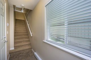 Photo 2: 16 32501 FRASER Crescent in Mission: Mission BC Townhouse for sale : MLS®# R2089460