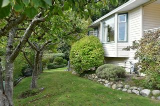 """Photo 30: 491 OCEAN VIEW Drive in Gibsons: Gibsons & Area House for sale in """"Woodcreek Park"""" (Sunshine Coast)  : MLS®# R2624435"""