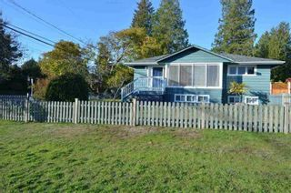 Photo 1: 1360 BEST Street: White Rock House for sale (South Surrey White Rock)  : MLS®# R2452958