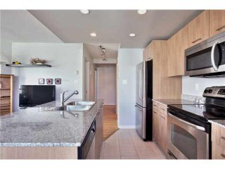"Photo 5: 1504 1212 HOWE Street in Vancouver: Downtown VW Condo for sale in ""1212 HOWE"" (Vancouver West)  : MLS®# V1109901"