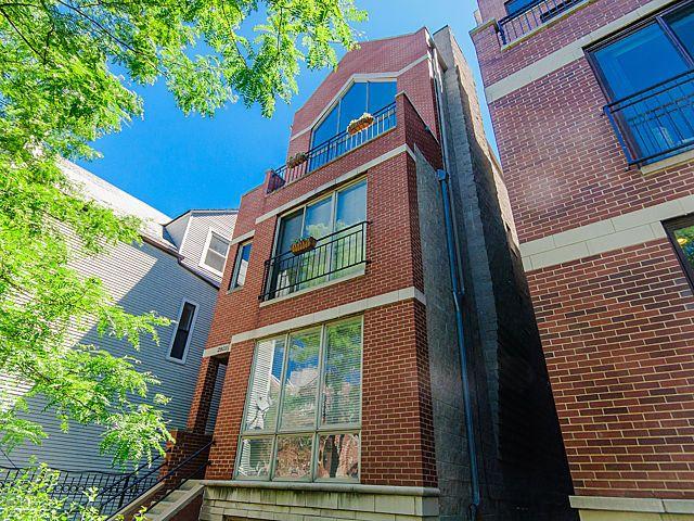 Main Photo: 2923 Damen Avenue Unit 1 in Chicago: CHI - North Center Condo, Co-op, Townhome for sale ()  : MLS®# MRD08964365