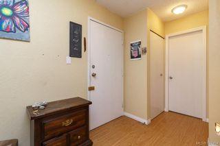 Photo 2: 101 2610 Graham St in VICTORIA: Vi Hillside Condo for sale (Victoria)  : MLS®# 795052