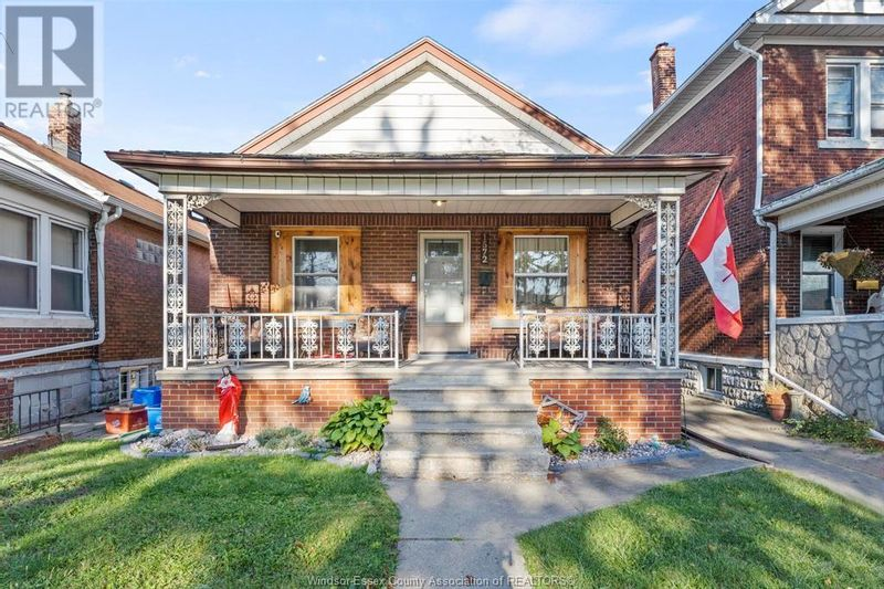 FEATURED LISTING: 1572 LANGLOIS Windsor
