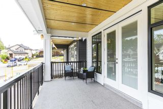 """Photo 4: 866 163A Street in Surrey: King George Corridor House for sale in """"East Beach"""" (South Surrey White Rock)  : MLS®# R2599557"""