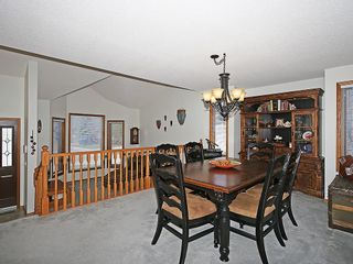 Photo 10: 359 HAWKCLIFF Way NW in Calgary: Hawkwood House for sale : MLS®# C4116388