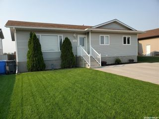 Photo 1: 1754 Wellock Road in Estevan: Pleasantdale Residential for sale : MLS®# SK851229