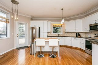 Photo 12: 1524 HEFFERNAN Close in Edmonton: Zone 14 Attached Home for sale : MLS®# E4241611