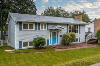 Photo 2: 77 Dickey Drive in Lower Sackville: 25-Sackville Residential for sale (Halifax-Dartmouth)  : MLS®# 202123527