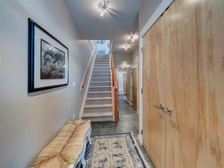 """Photo 7: 6498 WILDFLOWER Place in Sechelt: Sechelt District Townhouse for sale in """"Wakefield Beach - Second Wave"""" (Sunshine Coast)  : MLS®# R2589812"""