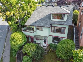 """Photo 2: 3635 W 14TH Avenue in Vancouver: Point Grey House for sale in """"POINT GREY"""" (Vancouver West)  : MLS®# R2615052"""