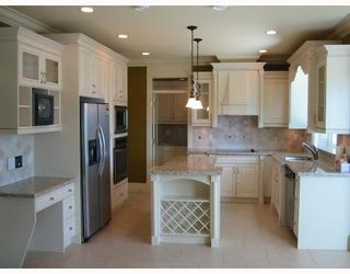 Photo 6: 7628 BELAIR Drive in Richmond: Broadmoor House for sale : MLS®# V648236