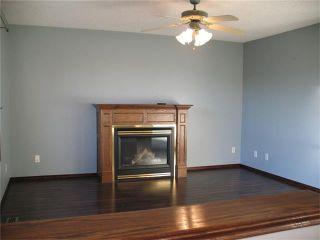 Photo 8: 216 DOUGLAS GLEN Bay SE in Calgary: Douglasglen House for sale : MLS®# C4038985