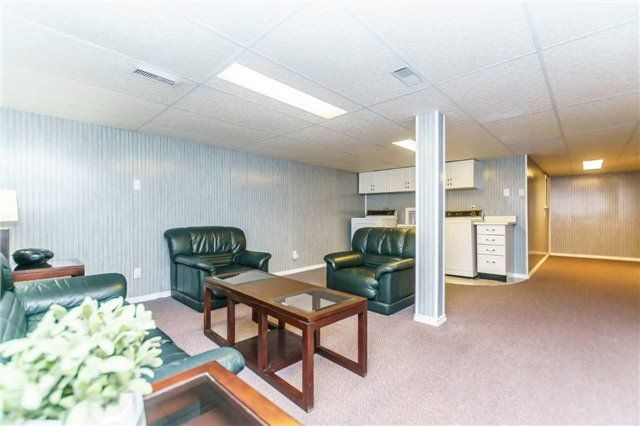 Photo 18: Photos: 48 1610 E Crawforth Street in Whitby: Blue Grass Meadows Condo for sale : MLS®# E4125009
