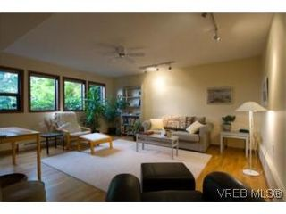 Photo 18: LUXURY REAL ESTATE FOR SALE IN DEAN PARK NORTH SAANICH, B.C. CANADA SOLD With Ann Watley