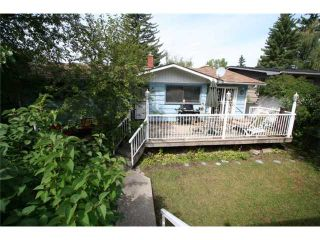 Photo 19: 4036 CHATHAM Place NW in CALGARY: Charleswood Residential Detached Single Family for sale (Calgary)  : MLS®# C3630774