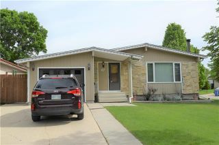 Photo 1: 47 Forest Lake Drive in Winnipeg: Waverley Heights Residential for sale (1L)  : MLS®# 1831974