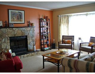 Photo 2: 23123 PEACHTREE Court in Maple_Ridge: East Central House for sale (Maple Ridge)  : MLS®# V693885