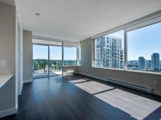 "Photo 9: 2505 602 COMO LAKE Avenue in Coquitlam: Coquitlam West Condo for sale in ""Uptown 1"" : MLS®# R2482503"