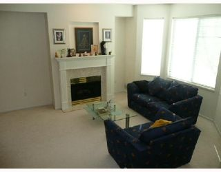 Photo 2: 70 7500 CUMBERLAND Street in Burnaby: The Crest Townhouse for sale (Burnaby East)  : MLS®# V773065