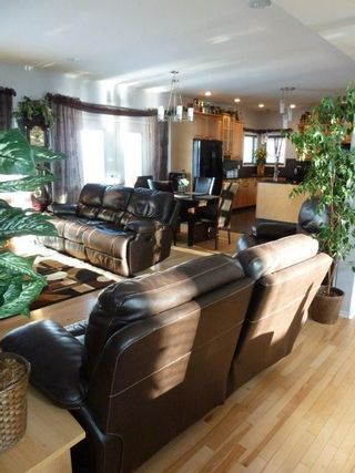 Photo 12: 13504 161 Avenue in Edmonton: Zone 27 House for sale : MLS®# E4230639