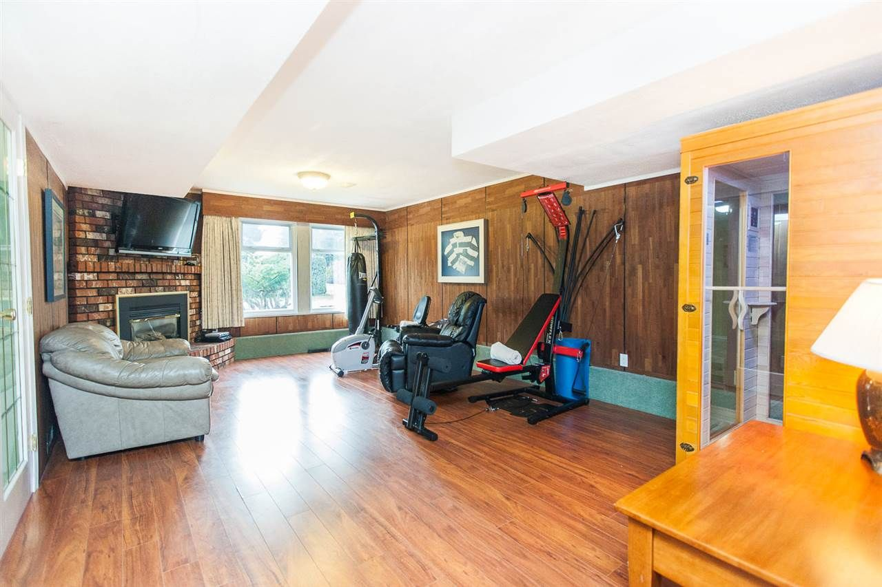 Photo 4: Photos: 8560 ARPE Crescent in Delta: Nordel House for sale (N. Delta)  : MLS®# R2027555