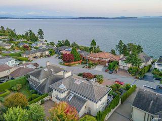 Photo 3: 13151 13 Avenue in Surrey: Crescent Bch Ocean Pk. House for sale (South Surrey White Rock)  : MLS®# R2621208