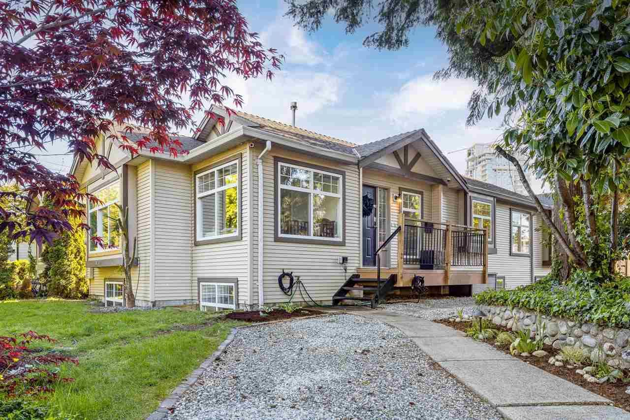 Main Photo: 1789 GARDEN Avenue in North Vancouver: Pemberton NV House for sale : MLS®# R2582695