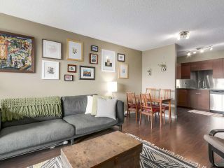Photo 3: 202 111 W 10TH Avenue in Vancouver: Mount Pleasant VW Condo for sale (Vancouver West)  : MLS®# R2208429