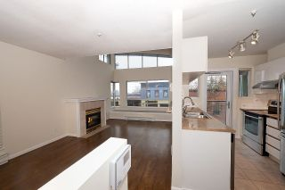 """Photo 7: 12 1386 W 6TH Avenue in Vancouver: Fairview VW Condo for sale in """"NOTTINGHAM"""" (Vancouver West)  : MLS®# R2423397"""