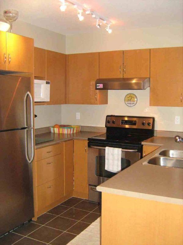 Main Photo: 415 539 Yates Road in Kelowna: North Glenmore apartment unit for sale (Central Okanagan)  : MLS®# 9182308