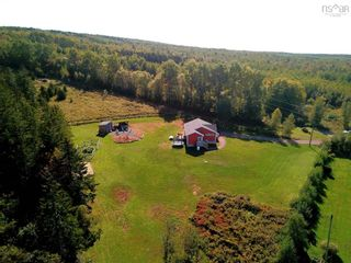 Photo 3: 163 Wilson Mountain Road in Murray Siding: 104-Truro/Bible Hill/Brookfield Residential for sale (Northern Region)  : MLS®# 202123320
