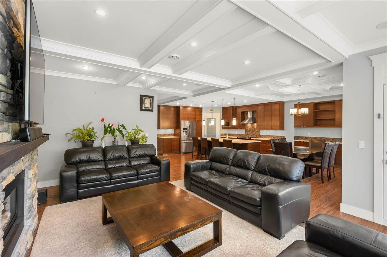 """Photo 12: Photos: 7796 211B Street in Langley: Willoughby Heights House for sale in """"YORKSON"""" : MLS®# R2480434"""