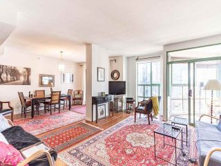 Photo 3: 1705 909 BURRARD Street in Vancouver: West End VW Condo for sale (Vancouver West)  : MLS®# R2557342