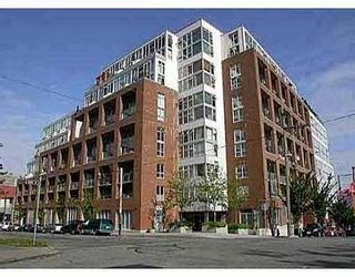 Photo 1: 618 289 ALEXANDER Street in The Edge: Home for sale : MLS®# V623558