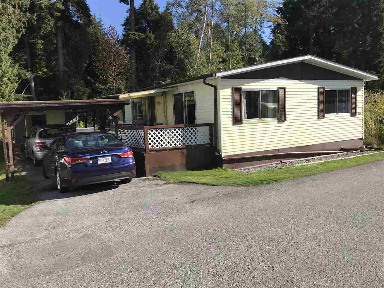 Main Photo: 25 4496 SUNSHINE COAST Highway in Sechelt: Sechelt District Manufactured Home for sale (Sunshine Coast)  : MLS®# R2217808