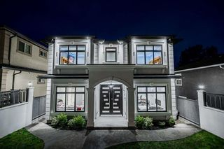 Photo 2: 1008 E 64TH Avenue in Vancouver: South Vancouver House for sale (Vancouver East)  : MLS®# R2600101