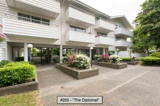 """Photo 3: 205 707 EIGHTH Street in New Westminster: Uptown NW Condo for sale in """"The Diplomat"""" : MLS®# R2273026"""