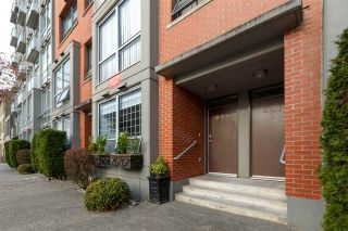 """Photo 21: 905 STATION Street in Vancouver: Strathcona Townhouse for sale in """"THE LEFT BANK"""" (Vancouver East)  : MLS®# R2529549"""