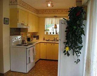 Photo 5: 1724 ARBORLYNN Drive: Westlynn Home for sale ()  : MLS®# V625945