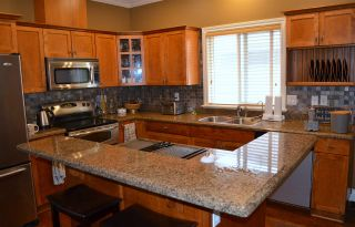 """Photo 7: 36527 LESTER PEARSON Way in Abbotsford: Abbotsford East House for sale in """"Auguston"""" : MLS®# R2075986"""