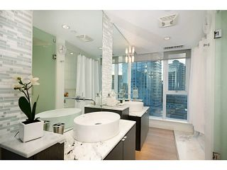 """Photo 11: 1103 1499 W PENDER Street in Vancouver: Coal Harbour Condo for sale in """"WEST PENDER PLACE"""" (Vancouver West)  : MLS®# V1054615"""