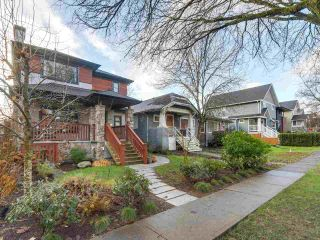 "Photo 2: 832 W 19TH Avenue in Vancouver: Cambie House for sale in ""DOUGLAS PARK/CAMBIE VILLAGE"" (Vancouver West)  : MLS®# R2327562"
