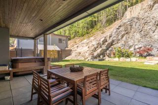 """Photo 29: 2211 CRUMPIT WOODS Drive in Squamish: Valleycliffe House for sale in """"Crumpit Woods"""" : MLS®# R2494676"""