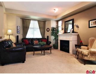 "Photo 4: 6 20120 68TH Avenue in Langley: Willoughby Heights Townhouse for sale in ""The Oaks"" : MLS®# F2822577"
