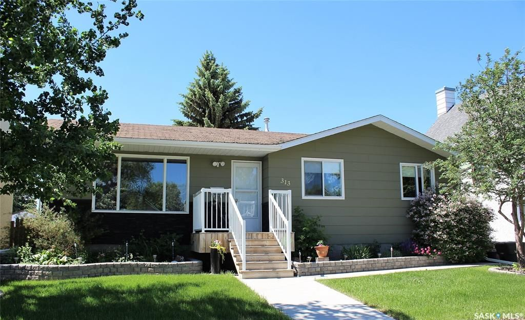 Main Photo: 313 4th Street West in Wilkie: Residential for sale : MLS®# SK846352