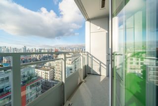 "Photo 13: 1604 1708 ONTARIO Street in Vancouver: Mount Pleasant VE Condo for sale in ""PINNACLE ON THE PARK"" (Vancouver East)  : MLS®# R2524538"